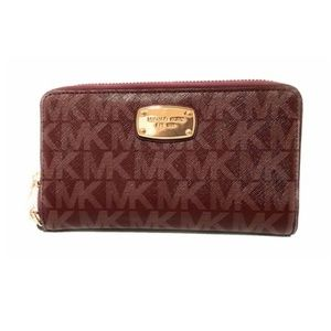 Michael Kors Large Flat Multifunction Phone Wallet